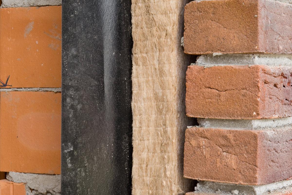 application laine minérale mur creux