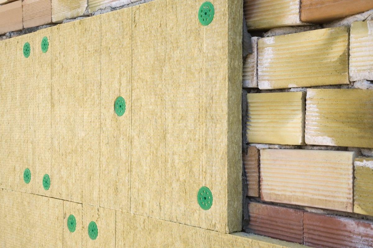 laine minérale sur façade